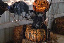 Haunting the House / Halloween inspiration, crafts and ideas / by Lisa Kay Tate