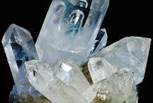 金属と結晶 , Fémek és kristályok