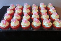 Cupcakes / by Aimee Nordini