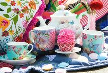 Vintage Afternoon Tea Party / Tips on how to host the perfect afternoon tea / by ACHICA