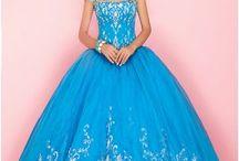 Dress loves