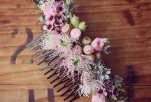 grzebienie z kwiatami