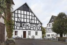 Gruppenhaus Seminarhaus Bleibe in Winterberg mit Pool und Sauna / 200 Jahre altes Fachwerkhaus wird in ein modernes Gruppenhaus für bis zu 26 Personen umgewandelt