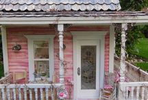 Miniature Dollhouse Porch and Garden