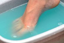 Toenail Fungus Help & Advice / http://www.yellowtoenailscured.com/bleach-for-toenail-fungus/  We provide advice and explore the effectiveness of treatments.