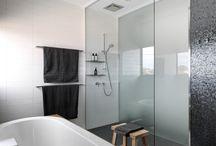 b a t h r o o m / Bathrooms Materials