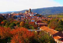 #OtoñoMágico en el Valle del Ambroz, Cáceres / Todos los años, durante el mes de noviembre, se celebra el Otoño Mágico, cargado de actividades culturales, lúdicas y deportivas en esta hermosa zona de Extremadura http://visitambroz.com/ / by Vagamundos