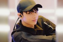 SEVENTEEN - Wen JunHui (Jun) / Birth Name: Wen Jun Hui  Stage Name: Jun  Birthday: June 10, 1996  Position: Vocalist, Dancer  Unit: Performance Team  Height: 180 cm  Weight: 63 kg  Blood Type: B  Nationality: Chinese