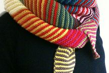 Knit: Scarves : Shawls : Cowls / Patterns and knitted scarves, shawls, and cowls I love