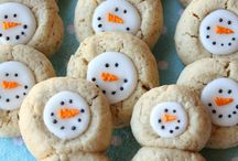 Christmas Baking Ideas / All the way from the traditional Christmas Sugar Cookie to blow your mind unique desserts to put on your table!