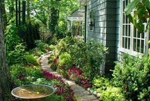 Beautiful Yards / Enjoy this selection of beautiful yards and stop dreaming it could be yours. Play lotto, win the jackpot and let your dreams come true!