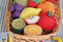 Frutas, verduras, pasteles y pan amigurumi