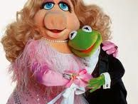 Miss Piggy & Kermit / Everything the perfect couple!