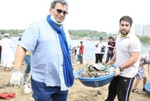 Versova Beach Clean Up / It was an exciting day as our #WWIStudents made us proud by participating in the #VersovaBeach Clean-Up drive as part of the #SwachhBharat campaign initiated by Honourable Prime Minister Narendra Modi. Students helped in cleaning and disposal of waste materials from the beach.