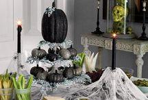 Halloween / by Sharon Thomas