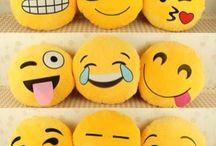 Emojis pellow