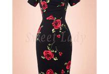 Kvietkované retro šaty