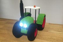 """""""Tractor"""" amigurumi-lampara"""