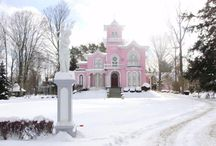 Pink Houses for You and Me / by Pamela Parker
