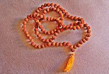 O Poder da Semente de Rudraksha / Conheçam o Poder da Semente de Rudraksha. Acessem: http://camilazivit.com.br/o-poder-da-semente-de-rudraksha/