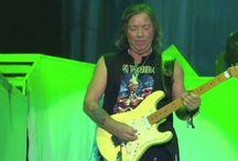 Dave Murray cream stratocaster