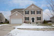SOLD - 865 Singing Hills Dr - Volo, IL. 60073 / $289,000 - Stunning curb appeal on this 2-story home with backyard & unobstructed gorgeous State Park & Millennium Trail views. With neutral decor throughout, this 4 bed, 3.5 bath, 3 car tandem garage home has many custom upgrades & posh decor for all lifestyles. Full & 80% completed 1,500 sq. ft. basement has full bath, storage room & is ready for your finishing touches. Relish gorgeous views from your extra-large fully fenced yard with sweeping landscape views. Great value!