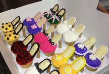 Cupcakes / by Susan Story
