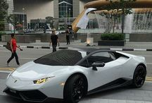 Luxury Cars / This is a collection of nice looking luxury cars.