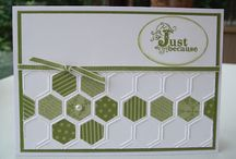 Honeycomb embossing folder