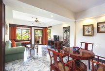 Chinese Suite / Decorated with Chiness style furnitures,one bedroom , one living room and one bathroom with big bathtub.