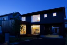 igawa-arch/The house with a garage passed through