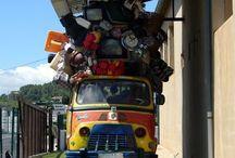 Bagages / Ne portez plus vos #valises, poussettes ou encore la cage de votre animal de compagnie !  #MPShuttle, le premier service de navettes personnalisées, va assurer votre trajet de votre domicile à l'aéroport.  Infos & Réservations : www.mpshuttle.fr