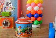Vintage à souhait! / Mes petites trouvailles vintage pour décorer la chambre de ma petite fille Mélia ... Jouets, livres, petites décos vintage, j'ai même trouvé pour 4 euros l'étagère qu'il me manquait et des petits objets à transformer...La suite ...bientôt!