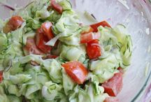 Salad Recipes / by Mindy Coyle