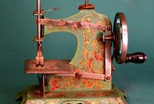 Nostalgic Sewing/Sewing Machine Pictures / by Patty Yockers