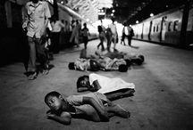 Salaam Bombay / Life of street children in Bombay in the 1980s. Captured by Dario Mitidieri