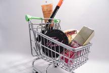 Kupując przez internet / Sprawy związane z kupnem przez internet. Klient jako konsument oraz klient jako przedsiębiorca. Sprawy związane z dostawą.