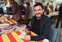 Sant Jordi 2015 / José de la Rosa firmó ejemplares de 'Gigoló' en Barcelona.