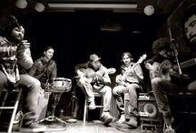Jam Sessions / Late night jam sessions with local and international musicians