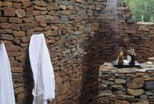Outdoor shower ideas and finishes / Outdoor showers, cladding, finishes, styles, nature