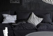 black interiore