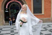 Naše nevěsty / Fotografie nevěst s našimi svatebními kyticemi. Svatby v Praze
