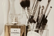 Makeup & parfum / Makeup,storage ideas and beautiful smellys!