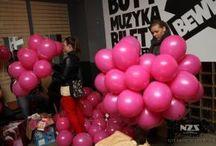 "Event ""Pełną piersią"" | ""Full breast"" event / Kampania przeciwko rakowi piersi Campaign against breast cancer"