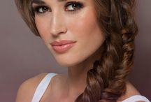 Glamsquad's the Free Spirit / A bohemian-inspired fishtail braid.