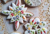 Decorating biscuits and cakes