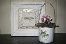 Interiør / Søtt bilde og potte laget av maisboks