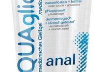 Aquaglide glidecremer / Vandbaseret glidecreme fra europas førende glidecremes producent. Vandbaseret glidecreme Aquaglide fra Joydivision er populært til både oral sex, med deres smagfulde varianter, til vaginal sex, med deres ekstra sensitive produkter og til analsex hvor Aquaglide Anal er ekstra populært. Vandbaseret glidecreme Aquaglide er vores mest populære glidecreme til daglig brug.