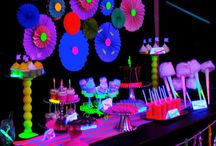 glow in the dark kids party / Kaylees party