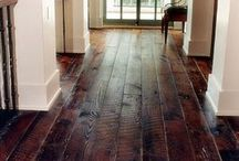 floors / by Jeanell Wethington